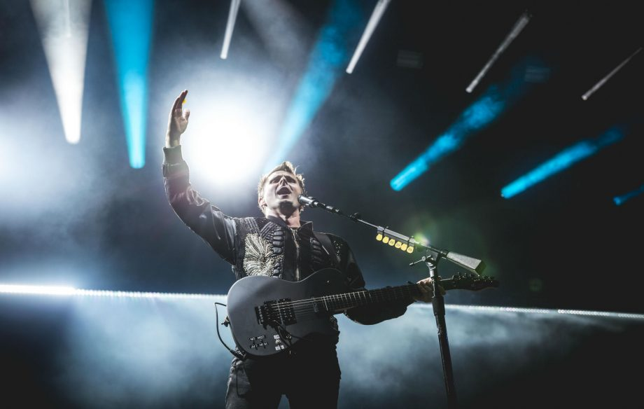 Watch Muse kick off their otherworldly 'Simulation Theory' tour in