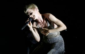 Watch Robyn perform a wintry version of 'Ever Again' on 'Ellen'