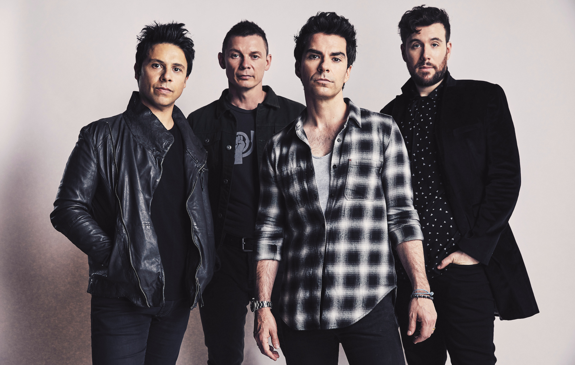 Listen To Stereophonics' New  'chaos From The Top Down' As Band Say Music Is Meant To 'inform Or Provoke Us'