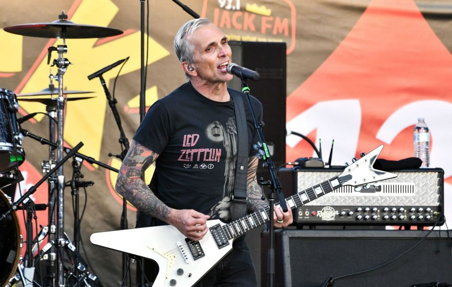 Everclear frontman Art Alexaki...