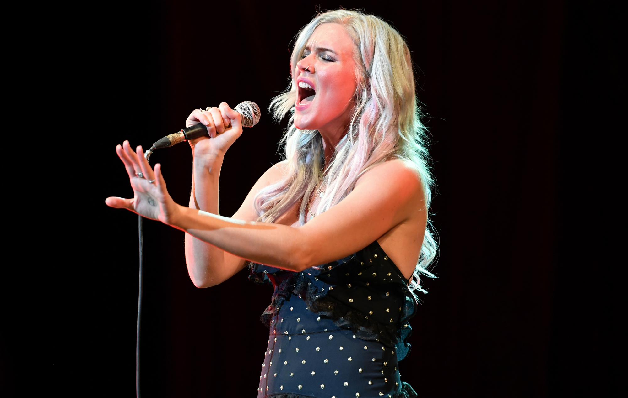 Joss stone no one likes her she dont care