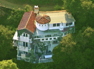 Marilyn Manson S Former 2 Million Mansion Is For Sale