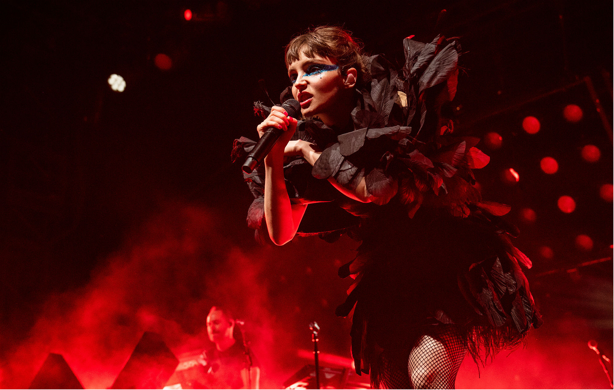 """Chvrches' Lauren Mayberry shuts down critics who think her stage outfits are """"too revealing"""""""