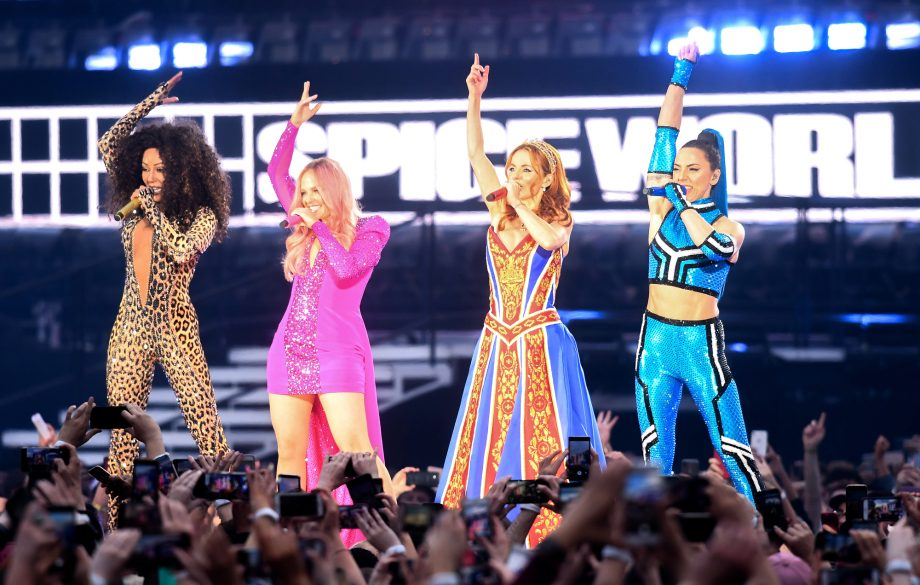 """""""The best night of my life"""": Fans react to first night of Spice Girls comeback tour"""
