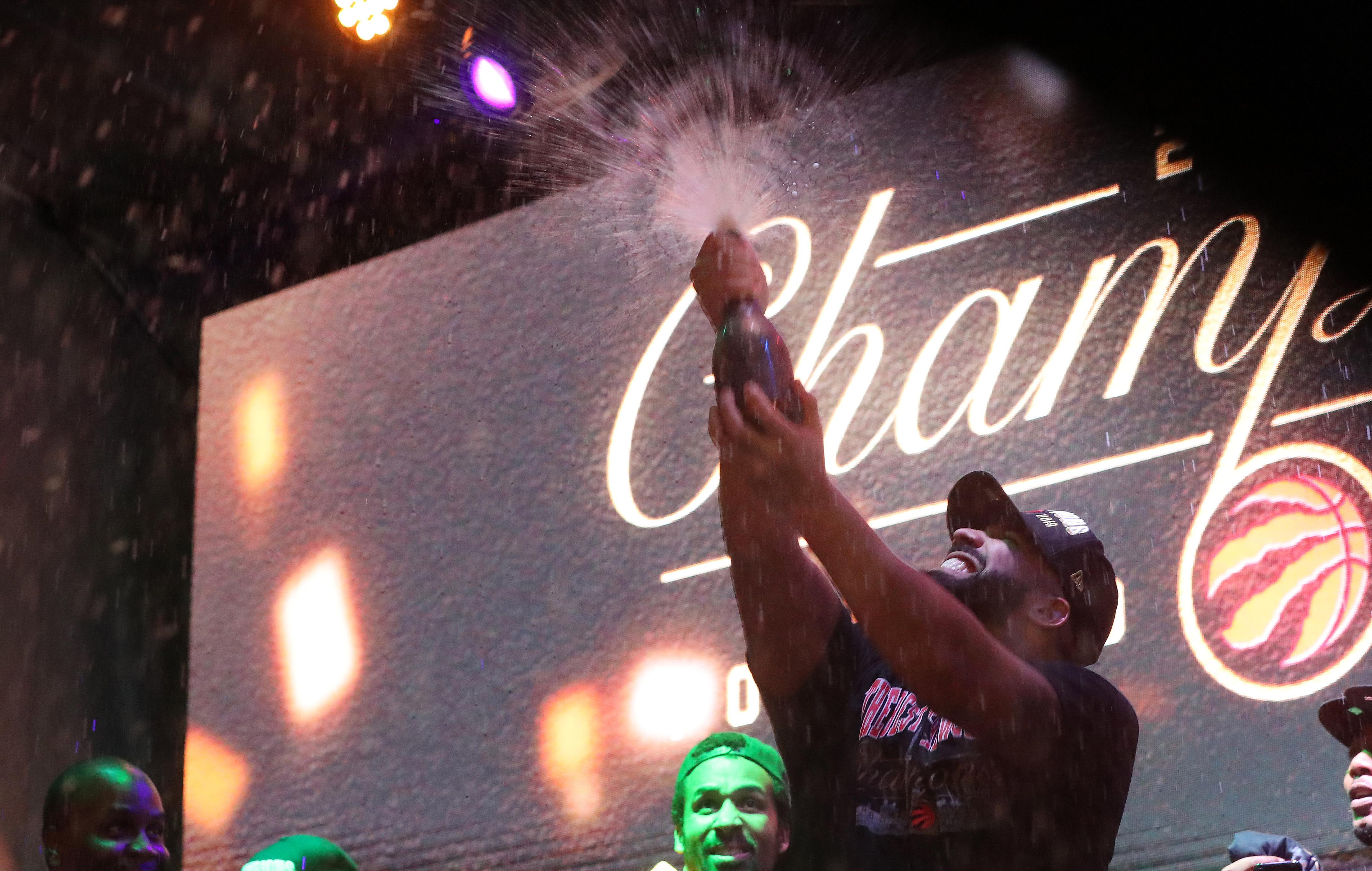 Drake Raptors win NBA Championship