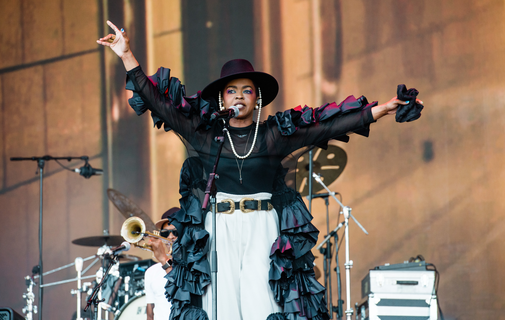 Delays And Sound Issues Ms Lauryn Hill S Pyramid Set