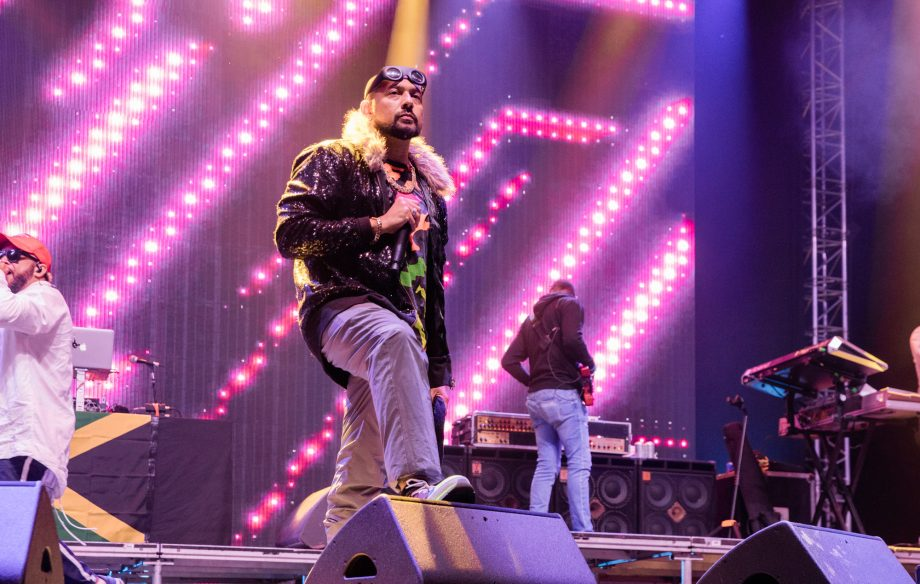 Sean Paul at Glastonbury sounded like it might be fun but kinda sucked
