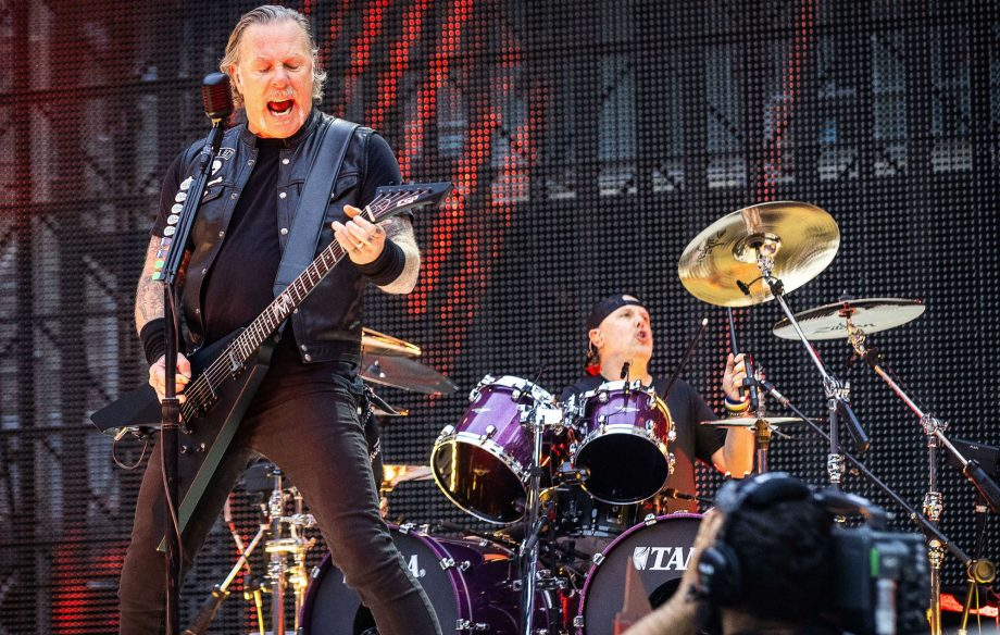 Watch Metallica cover Rammstein's 'Engel' during Berlin gig