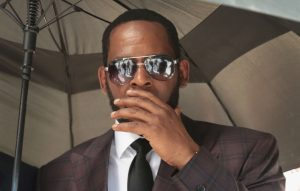 R Kelly arrested federal sex trafficking charges