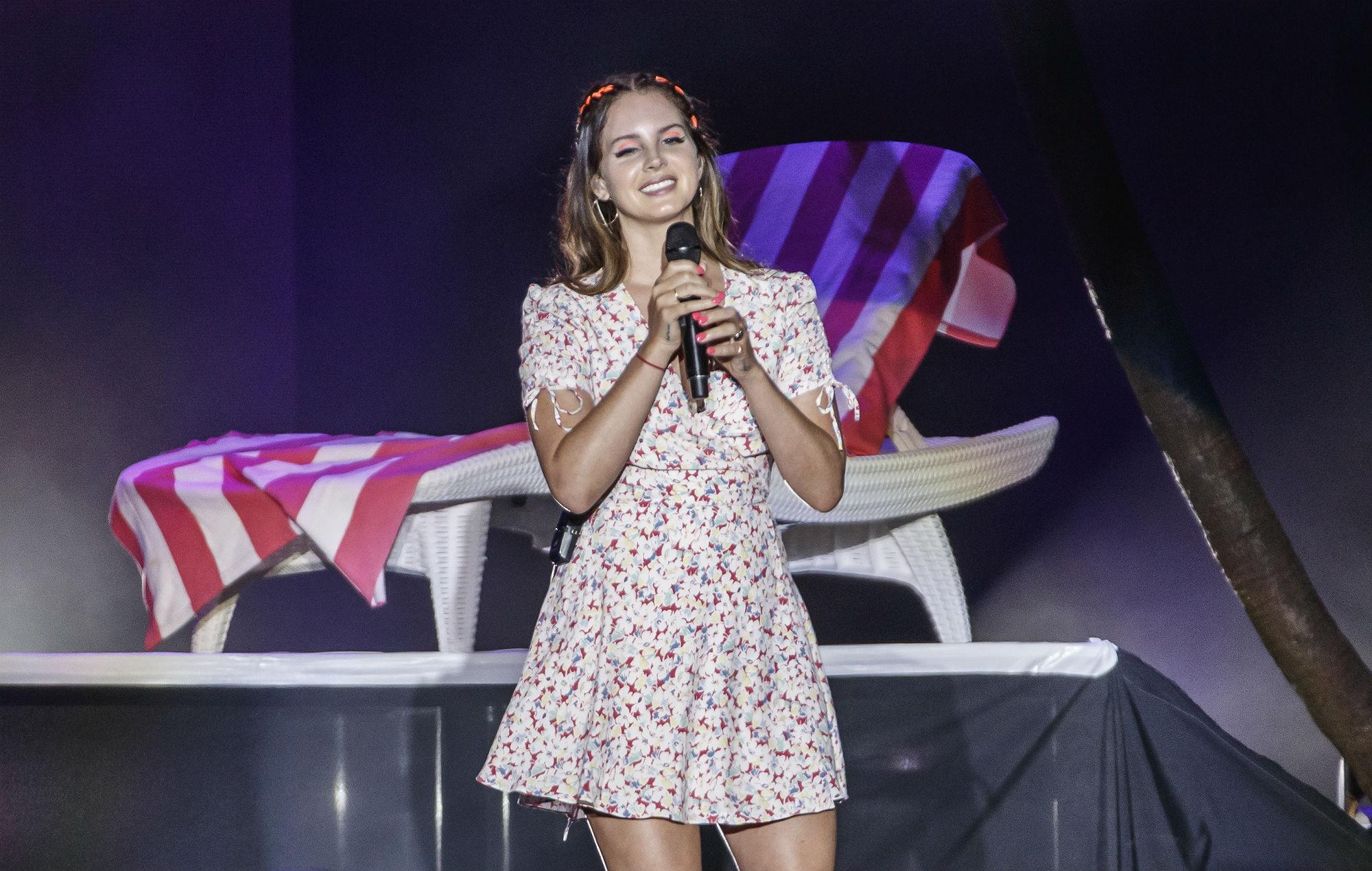 Lana Del Rey Announces 2020 Uk Arena Tour Nme