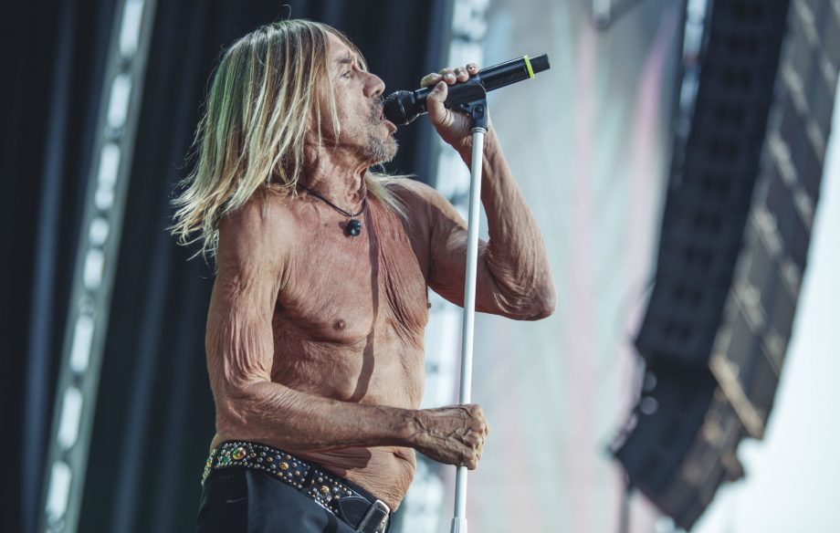 """""""My skeleton is the weak area"""": Iggy Pop reveals he sometimes uses a cane"""