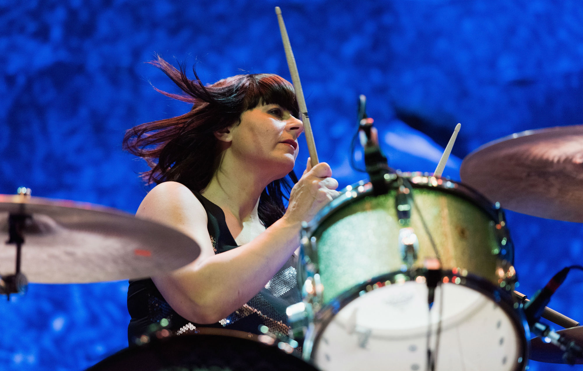 """Former Sleater-Kinney drummer Janet Weiss opens up on difficult departure: """"The rules changed within the band"""""""
