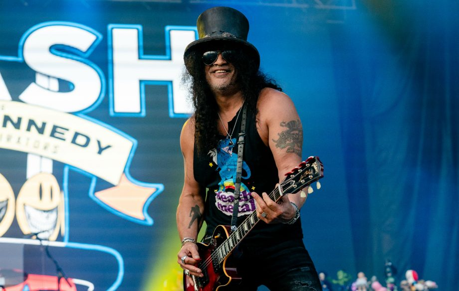 Slash asks fans to document his world tour by taking videos for new film