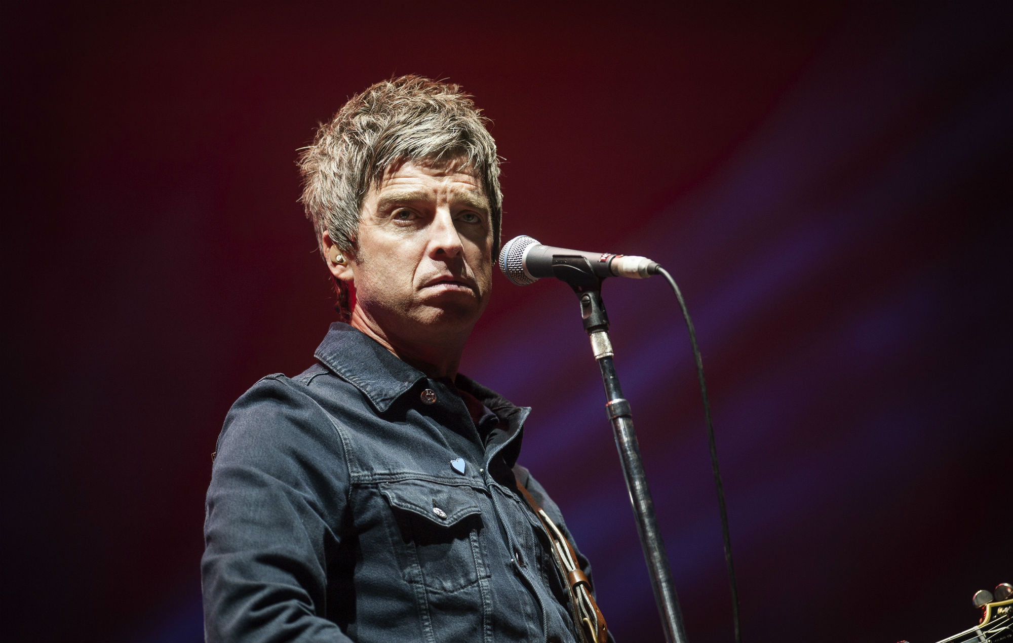 listen to noel gallagher 39 s new single 39 this is the place 39 as he unveils ep. Black Bedroom Furniture Sets. Home Design Ideas