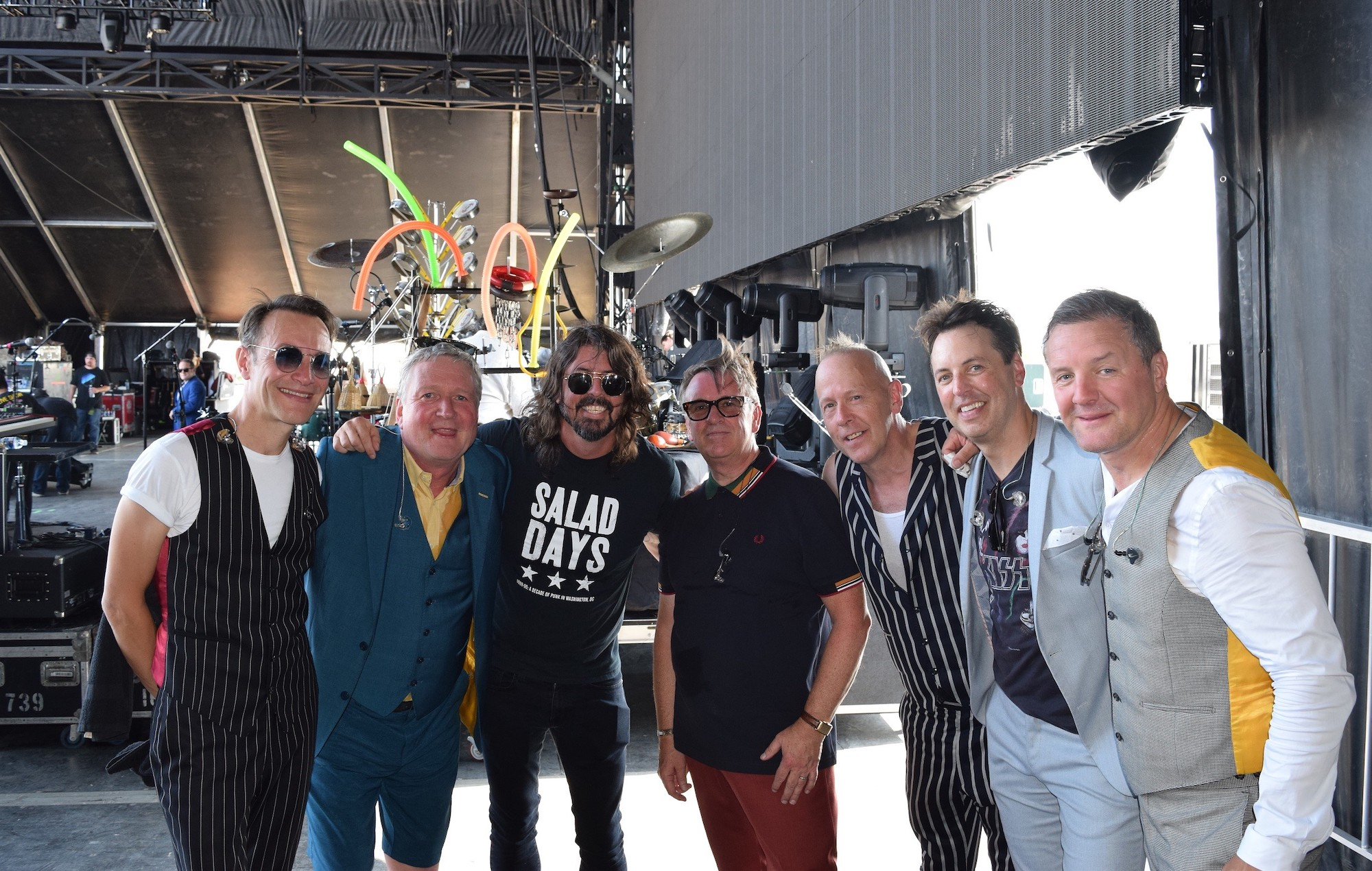 Watch Dave Grohl make surprise appearance with Squeeze at Kentucky festival