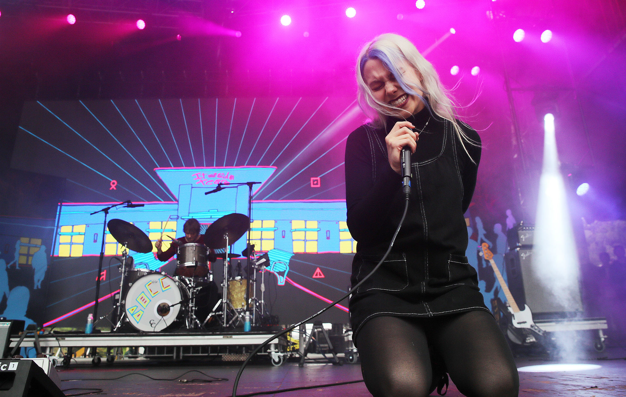 Phoebe Bridgers teases new material – featuring Nick Zinner and David Duchovny