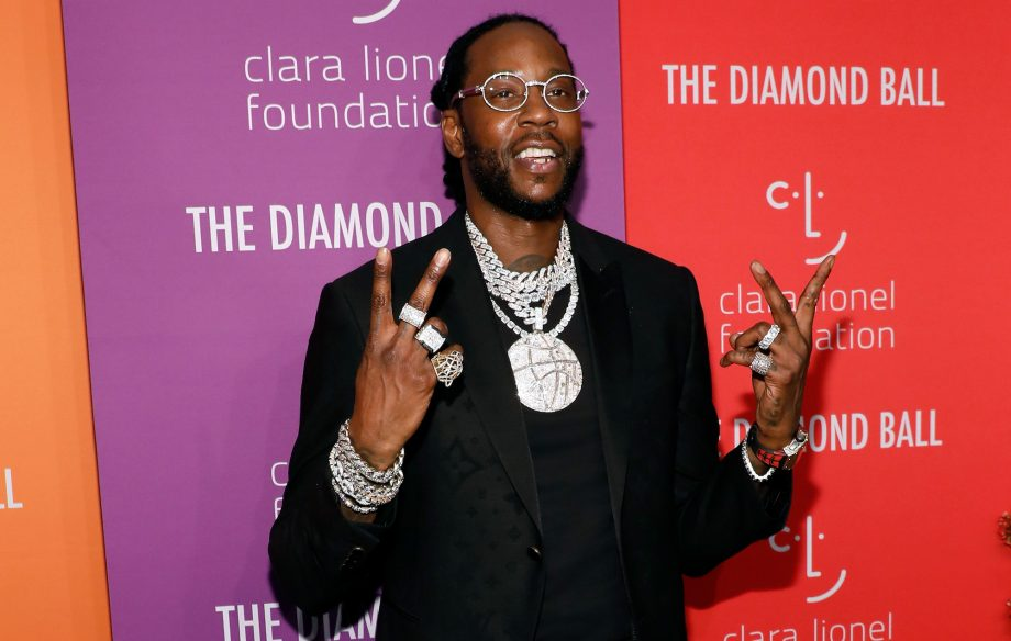 "Listen to a snippet of a ""fresh off the press"" 2 Chainz track"