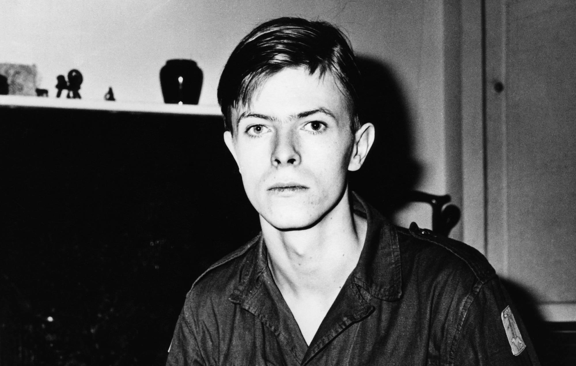 Details of new David Bowie 'Conversation Piece' box set announced