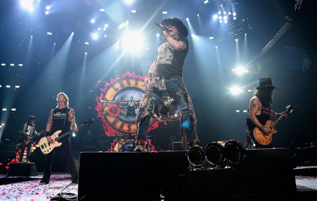 Slash responds to rumours that Guns N' Roses are on the new