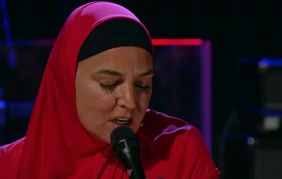Watch Sinéad O'Connor return to the stage and cover The Pogues on Ireland's Late Late Show