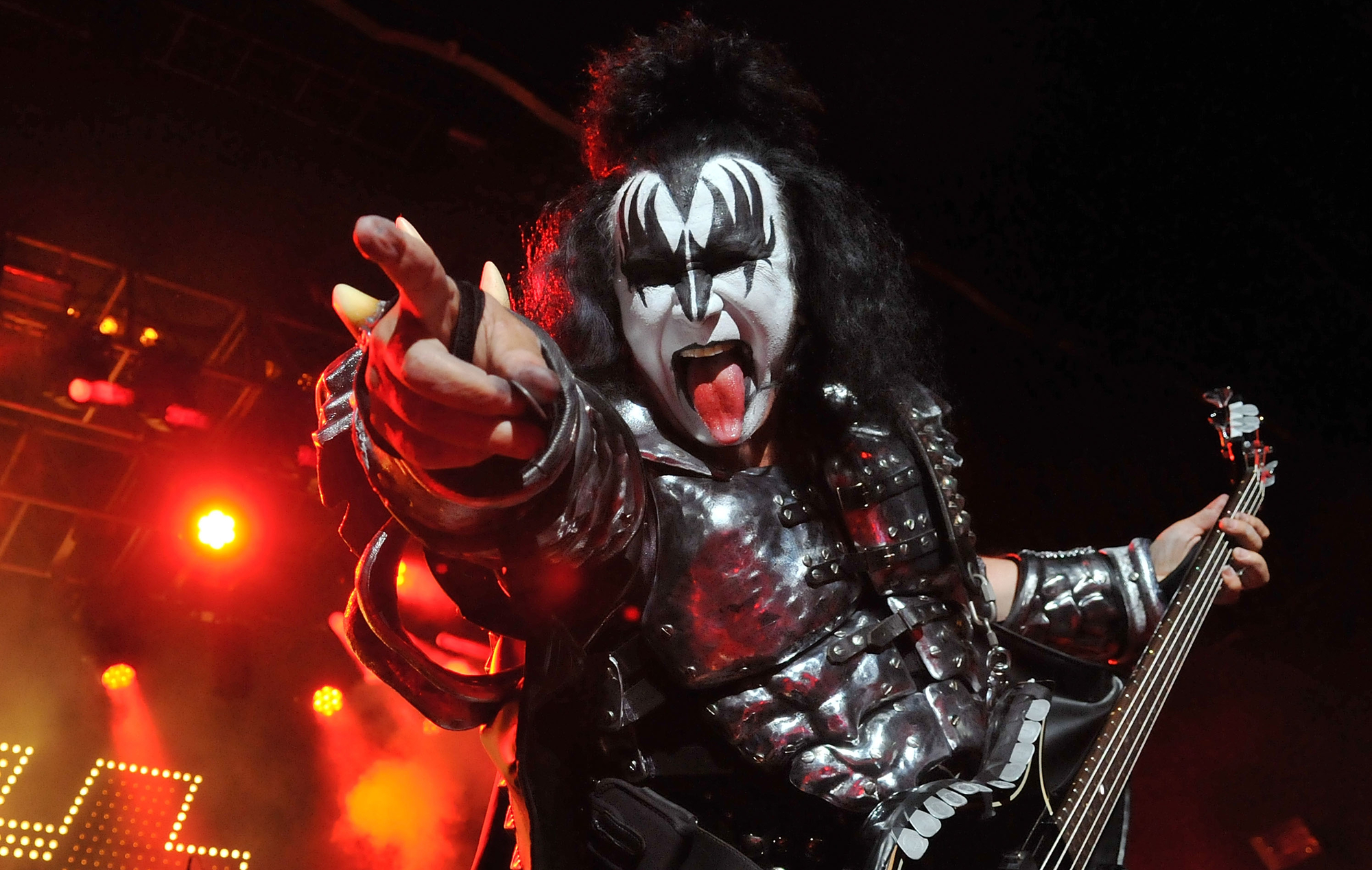 KISS played a show for great white sharks in Australia – but no sharks turned up