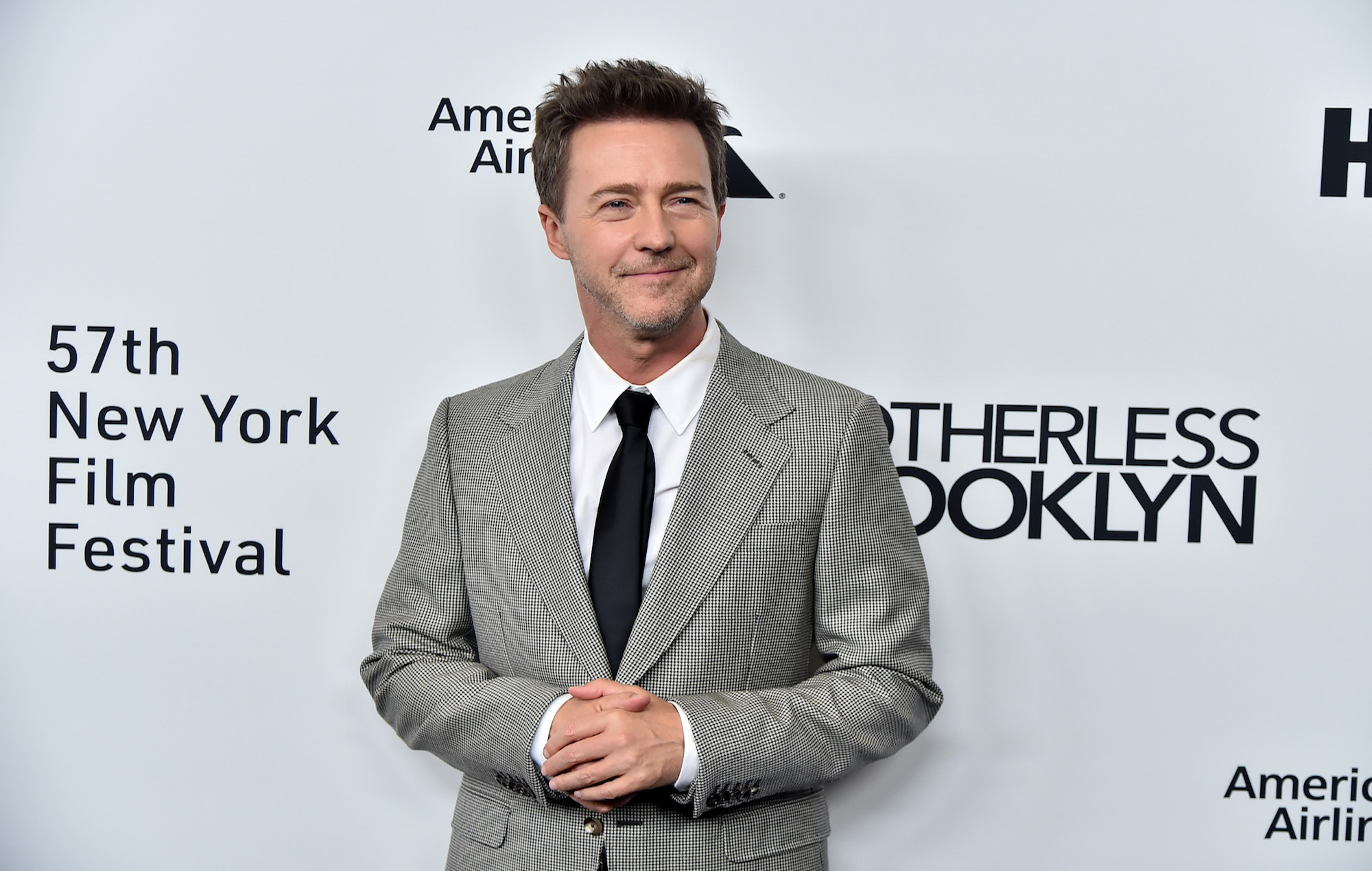 "Edward Norton says his abandoned 'Hulk' script had a ""two-part 'Batman Begins'/'Dark Knight' vision"""
