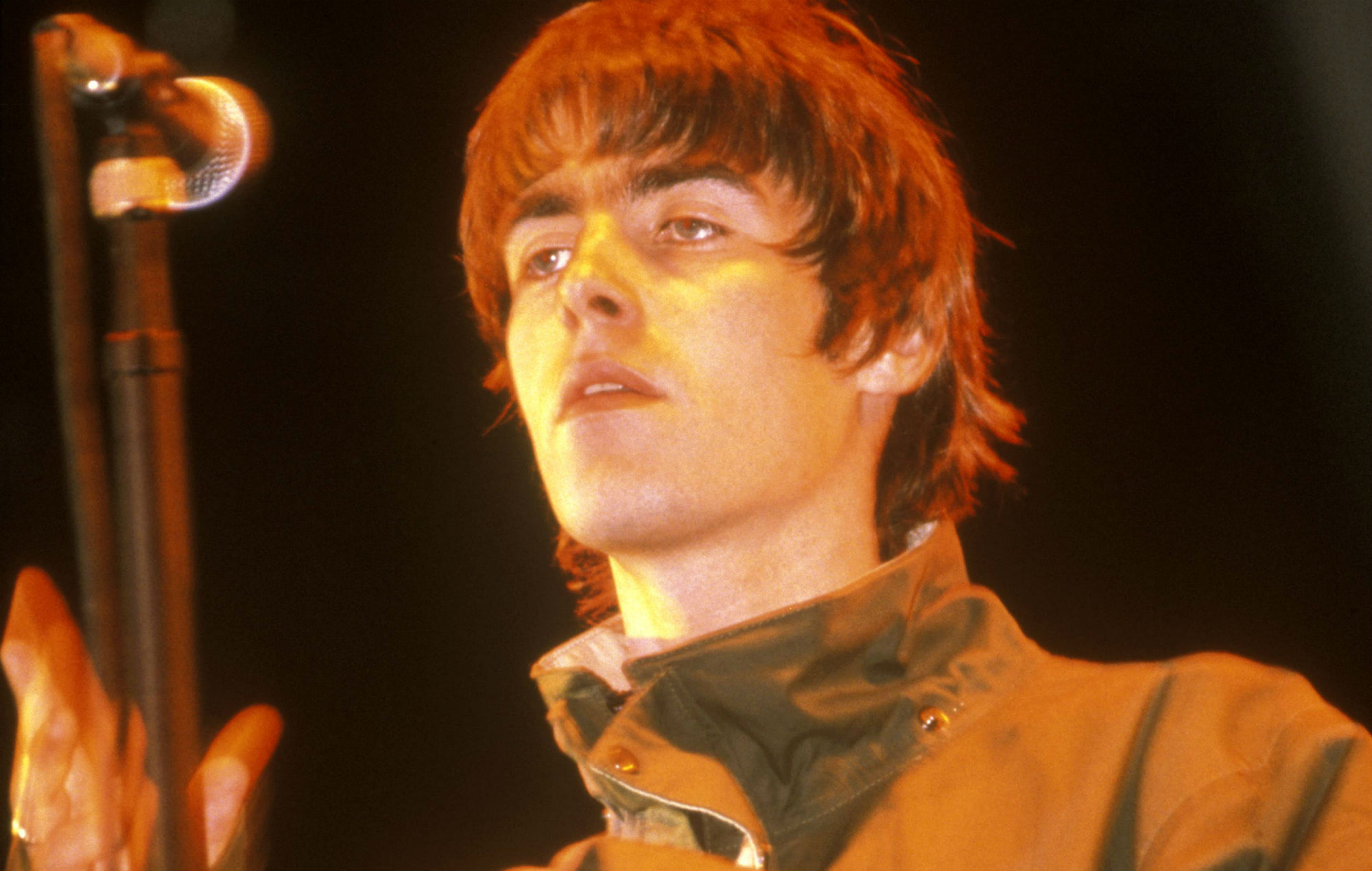 "Listen to Liam Gallagher's ""biblical"" isolated vocals on 'Supersonic' from Glastonbury 1995"