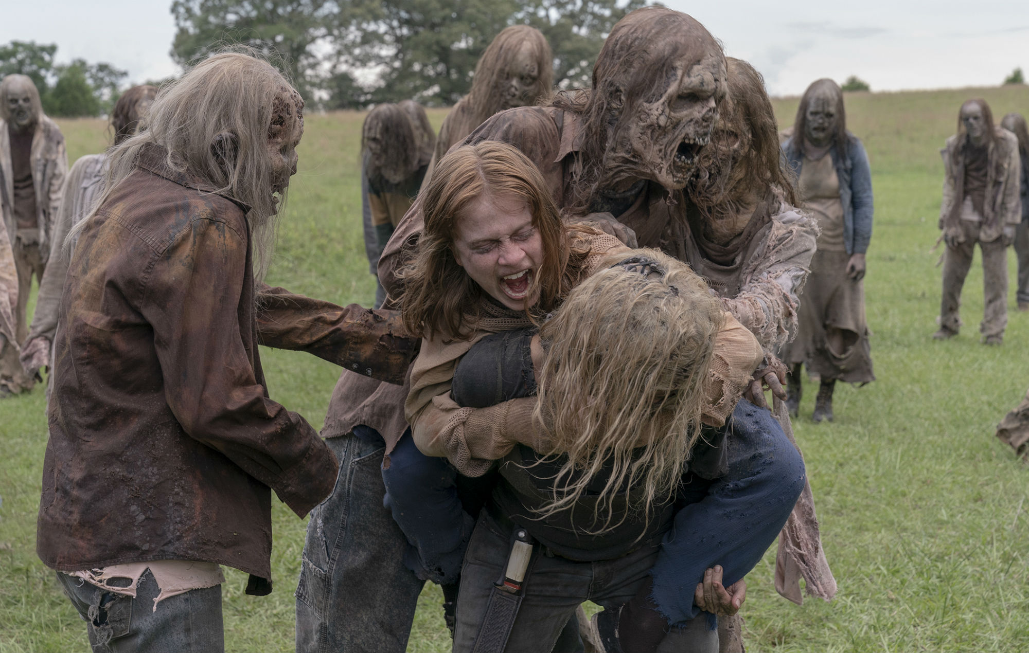 'The Walking Dead fans think there's a Whisperer mole within Alexandria