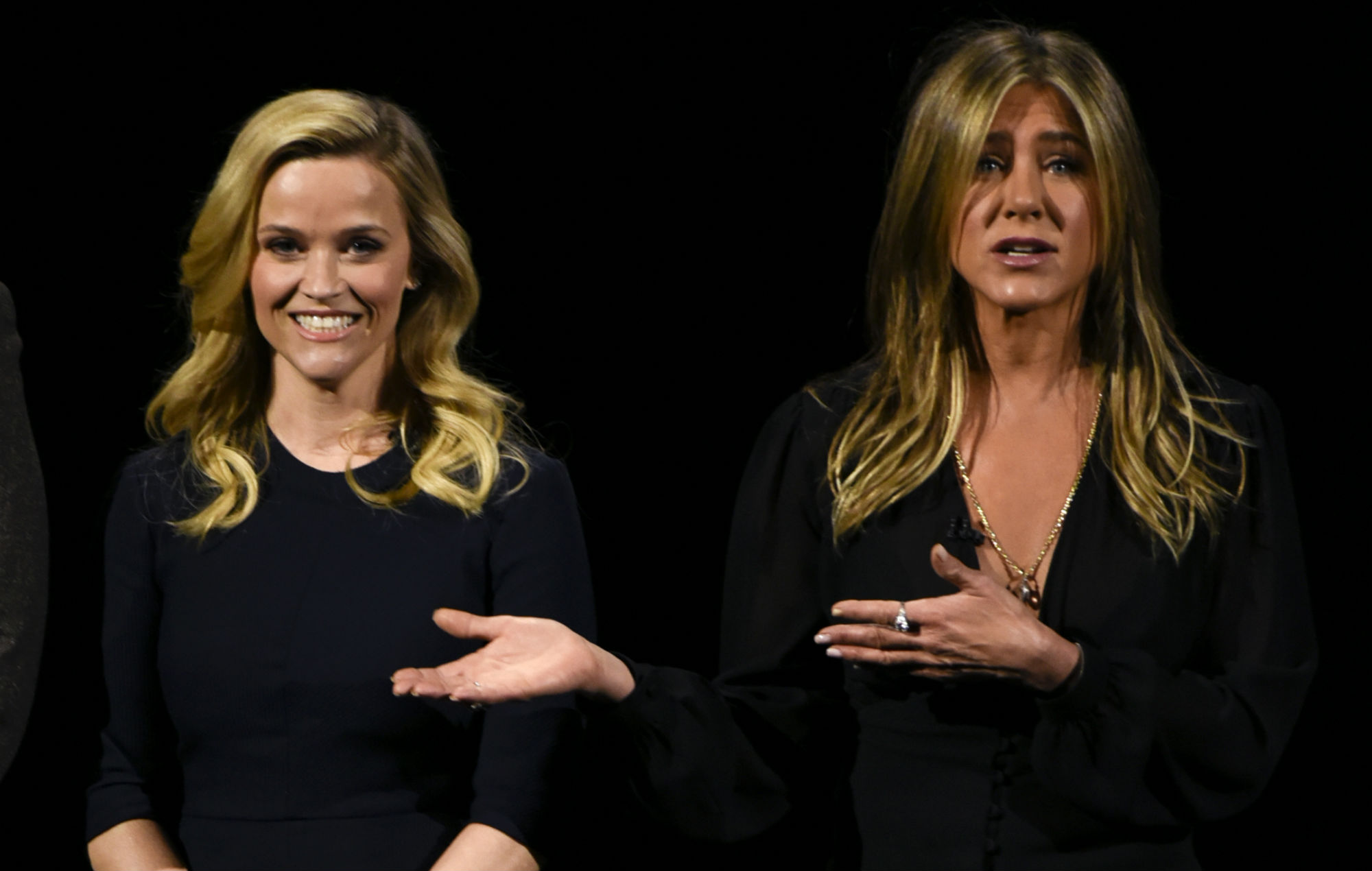 Jennifer Aniston and Reese Witherspoon stage 'Friends' reunion