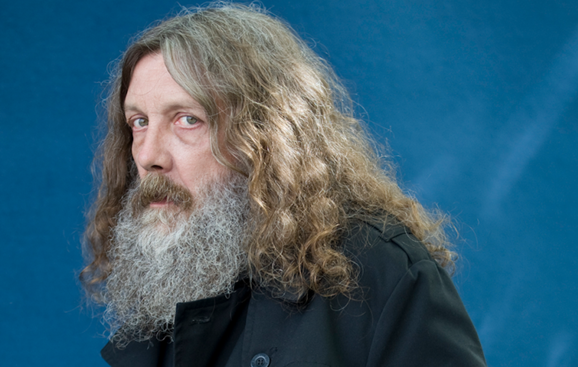 "'Watchmen' creator Alan Moore plans to vote for first time in 40 years due to ""unbelievably malevolent Tories"""