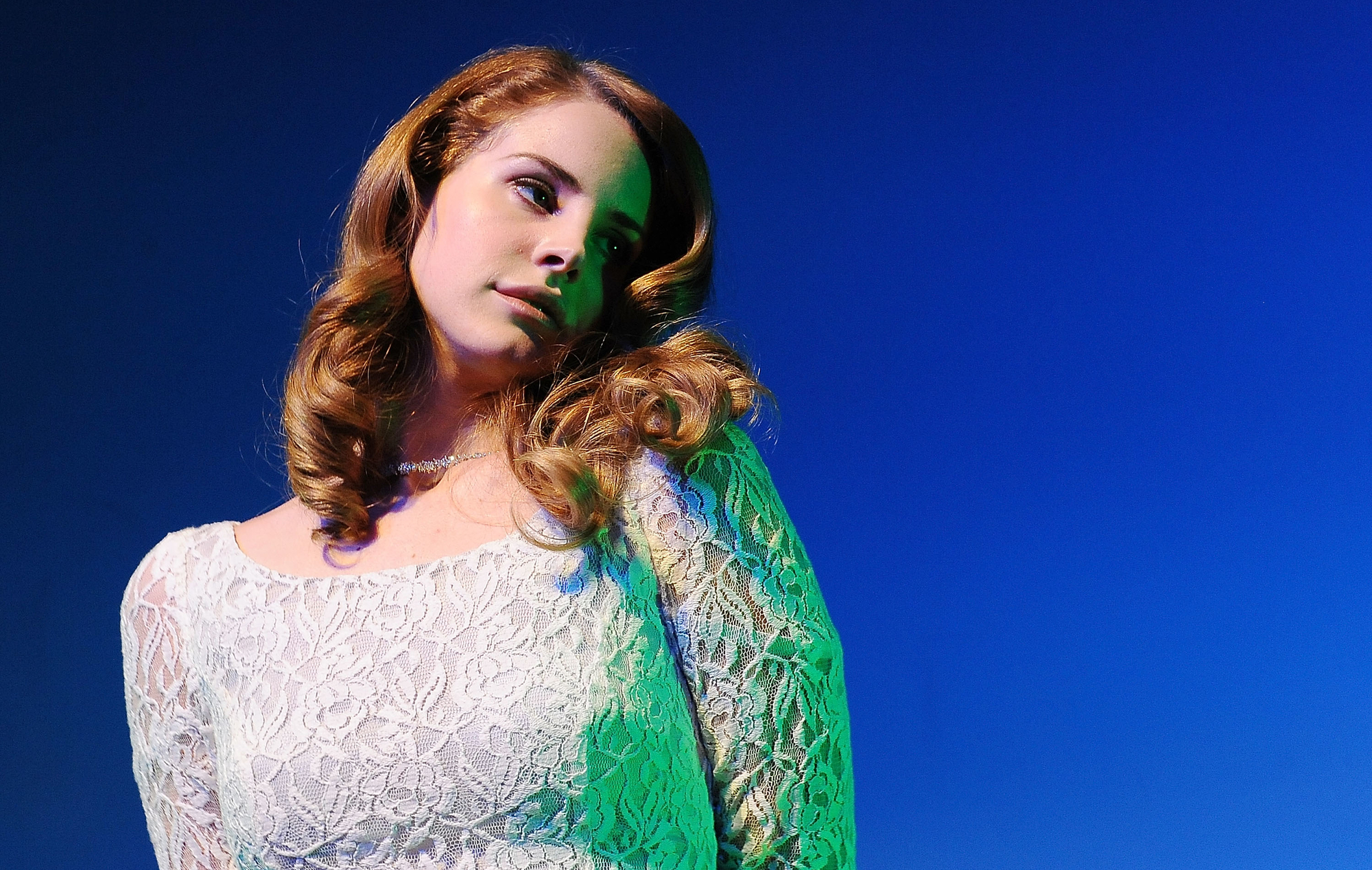 Watch Lana Del Rey perform with Lucy Dacus and Best Coast during Chicago tour stop